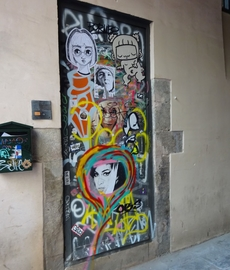 Graffity on a door in Barcelona